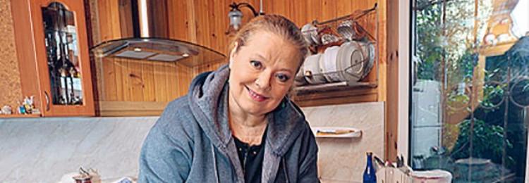 Загородные дома Людмилы Сенчиной: как выглядели и кому достались?