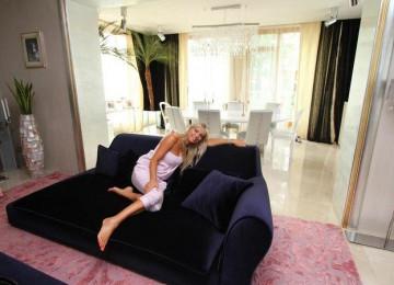 Проклятье Ирины Салтыковой: почему она продает шикарный особняк на Рублевке?